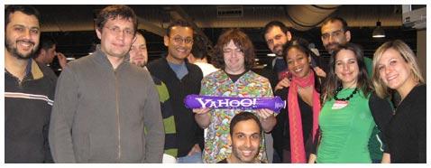 FreshBooks, Yahoo!, and PodCamp Toronto take folks to the Toronto Marlies hockey game