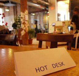 Coworking spaces: Keep your freedom and stay connected