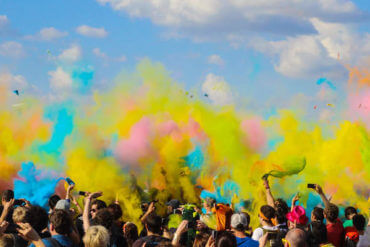Stand Out From the Crowd: 5 Ways to Create a Joyful Brand
