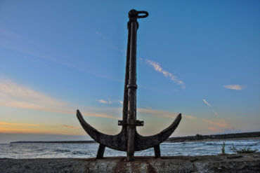 Why Every Business Needs to Find and Land 'Anchor' Clients