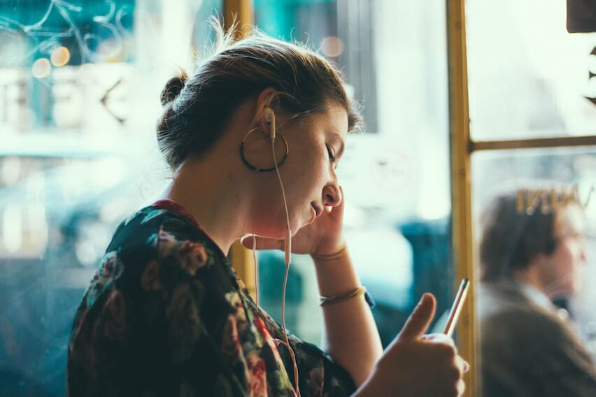 On-the-Go? Top 10 Small Business Podcasts You Can't Miss