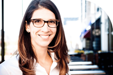 Marketing Consultant Lisa Kaneff Uses FreshBooks to Understand Her Income