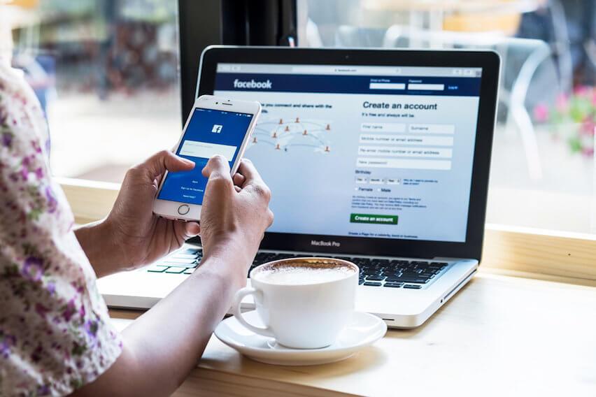 Facebook: Should You Stay Or Should You Go? | FreshBooks Blog