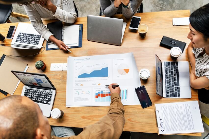 4 Smart Growth Hacks to Accelerate Your Business