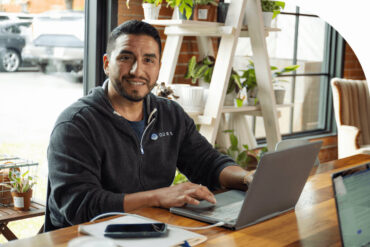 Erik's Health-Tech Startup Relies on FreshBooks to Keep Cash Flow Strong